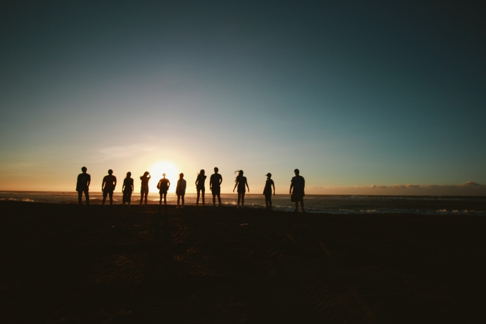 silhouette-of-people-during-sunset-1000444